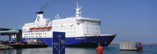 Van Wijk Koeriers is gespecialiseerd in het leveren aan grote zeeschepen